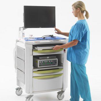 equipo de diagnostico medico carro para endoscopia flexline en operacion